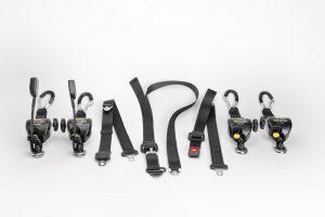 Kits d'arrimage TPMR 4 sangles à enrouleurs Quattro Solo avec mousquetons et ceinture passager statique à 3 points Réf. SLR051