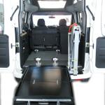 Élévateur TPMR aménagement véhicule Doblo