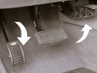 Reverse Accelerator pedal Left
