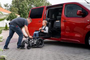 Adapter un véhicule pour personne à mobilité réduite